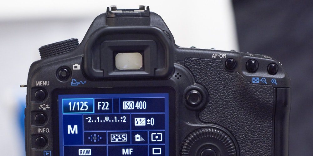 Guide: Best Camera Settings for DIY Product Photography